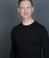 Book an Appointment with Damian Wyard for Physiotherapy/Pilates